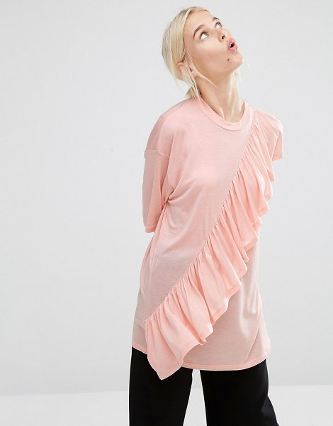 Monki ruffle t-shirt in blushpink