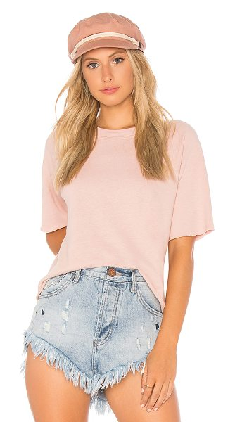Monrow Cut Off Sweatshirt in pink - Self: 50% poly 25% cotton 25% rayonContrast: 97% cotton...