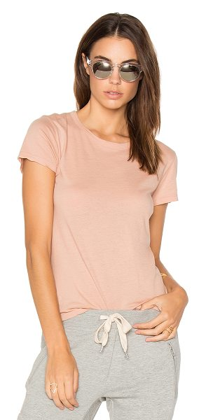 Monrow Fitted Crew Tee in pink - 100% cotton. Slub knit fabric. HARL-WS718. HT0324 1....