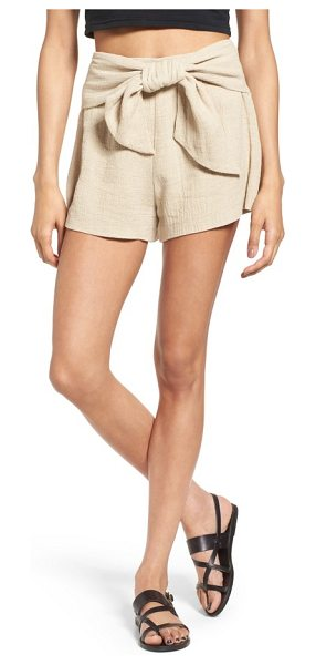 MOON RIVER tie waist linen & cotton shorts - An oversized bow adds a bit of sweetness to these...