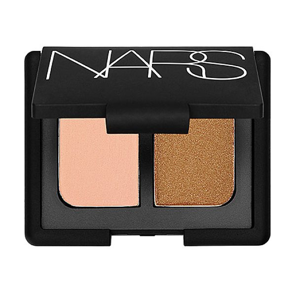 NARS duo eyeshadow key largo 0.14 oz/ 4 g - A mini mirrored compact featuring two crease-proof NARS...