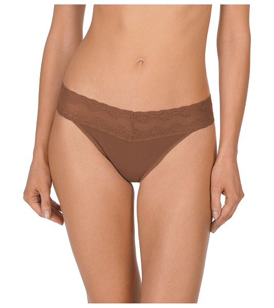 Natori Bliss Perfection Lace-Trimmed Thong (One Size) in cinnamon