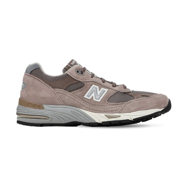 New Balance 991 sneakers in cappuccino