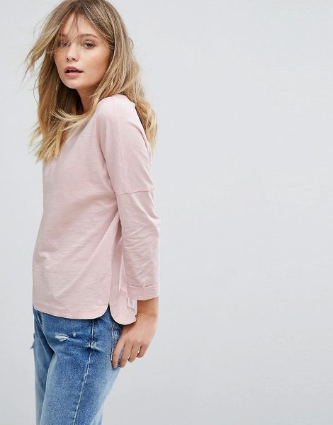 New Look 3/4 Sleeve Slouchy T-Shirt in pink - T-shirt by New Look, Soft-touch jersey, Scoop neck, 3/4...