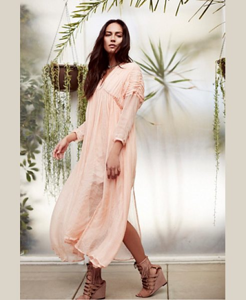 New Romantics None in blush - Effortlessly ethereal midi dress featuring ruched...