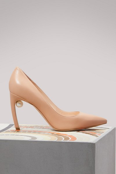 Nicholas Kirkwood Mira Pearl pumps in nude - The Mira pearl pumps from designer Nicholas Kirkwood are...