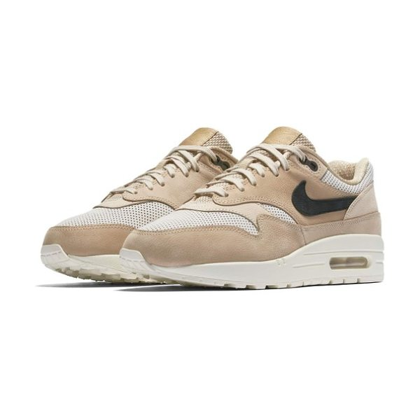 Nike air max 1 pinnacle sneaker in mushroom/ black/ light bone - Smart performance for the workout and cool retro style...