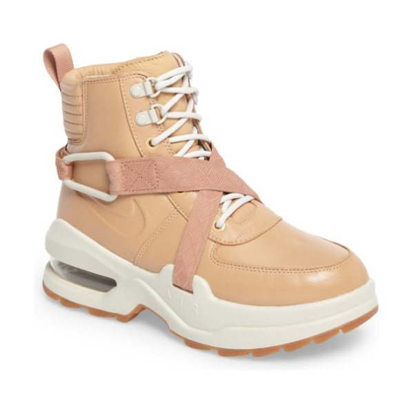Nike air max goadome sneaker boot in tan/ tan/ light bone/ clay - Channel-stitched quilting at the cuff and a breathable...