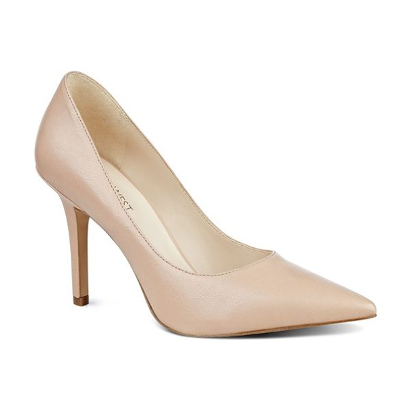Nine West 'jackpot' pointy toe pump in beige - Elevate your work or evening style with a go-to pump...