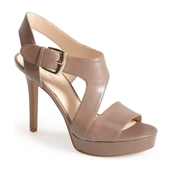 Nine West say no more leather platform sandal in dark taupe