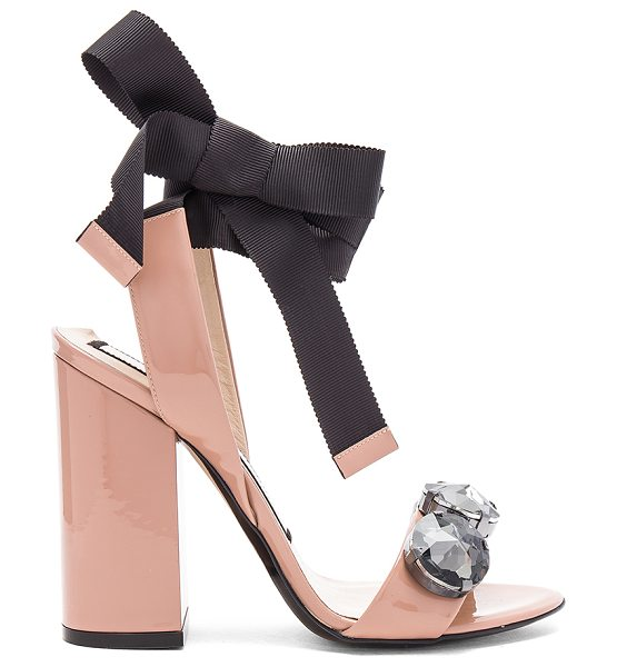 No. 21 Tie Ankle Gem Heel in beige