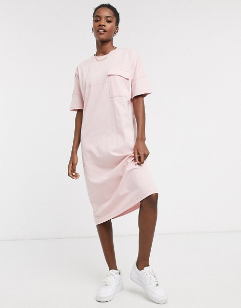 Noisy May midi t-shirt dress with pocket detail in baby pink in pink