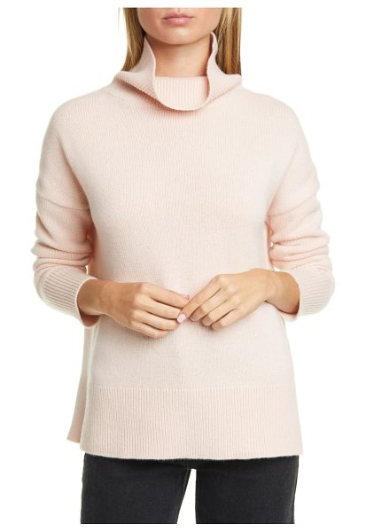 Nordstrom Signature turtleneck cashmere sweater in pink