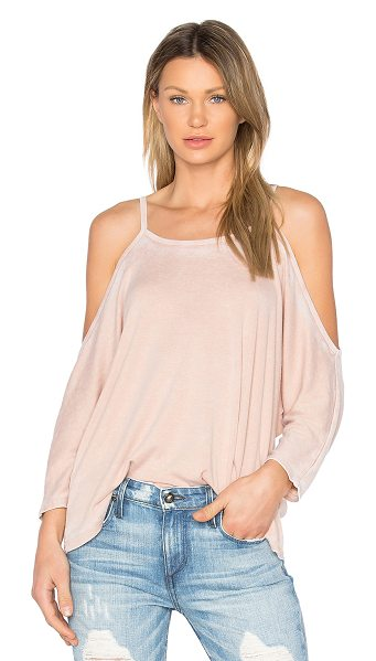 NYTT Cold Shoulder Tee in blush burn out - 50% poly 50% cotton. Hand wash cold. Burnout fabric....