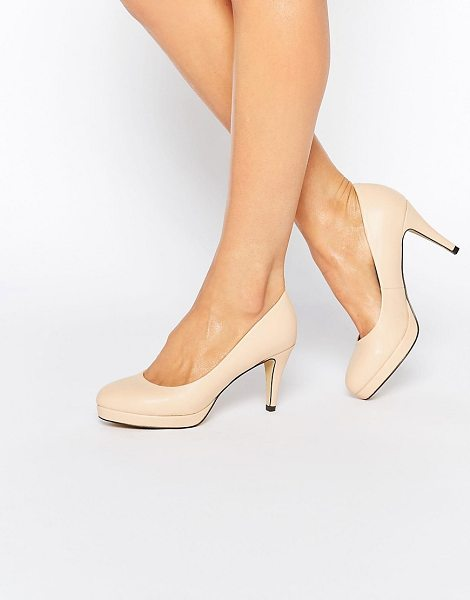 Oasis Platform pumps in pink - Heels by Oasis, Faux suede upper, Round toe, High heel,...