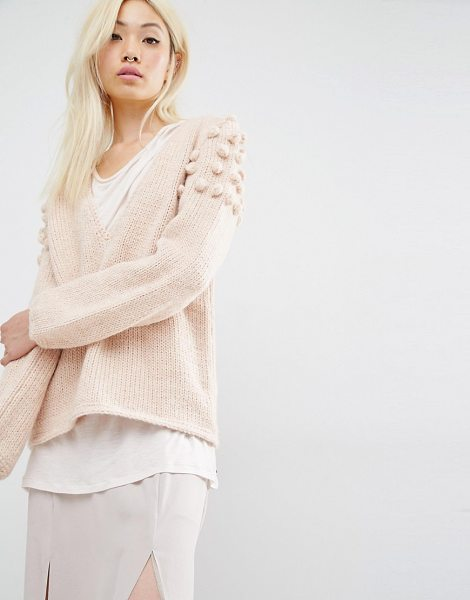 Oneon Hand Knitted Sweater in Plunge Neck with Pom Pom Shoulder in pink - Sweater by Oneon, Wool-mix knitted fabric, V-neckline,...
