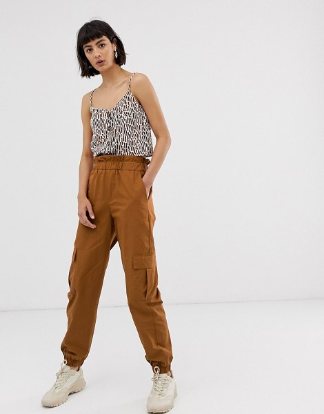 Only cargo pants with pocket detail-brown in brown