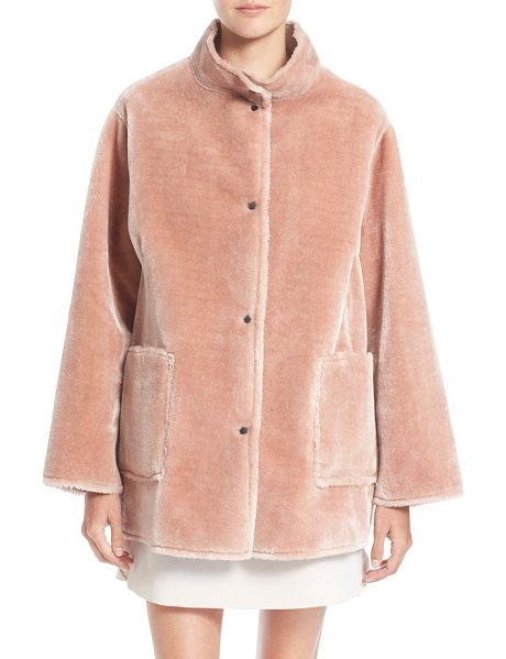 Opening Ceremony culver reversible faux fur coat in dusty pink - Cut with a high neck, drop-shoulder silhouette and...