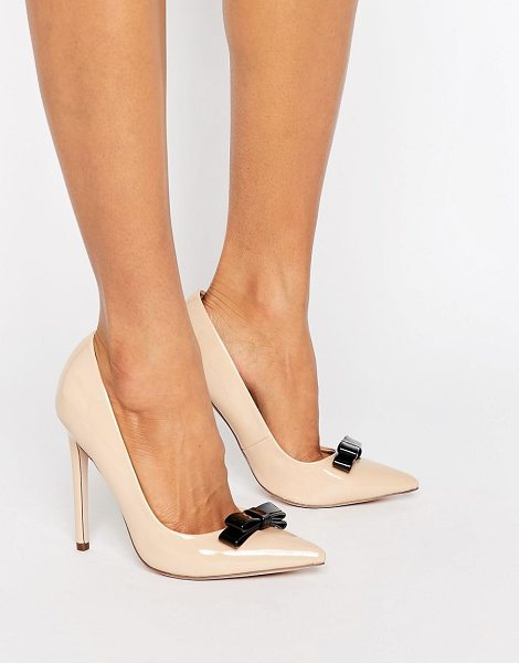 Paper Dolls Bow Pumps in beige - Shoes by Paper Dolls, Faux-leather upper, High-shine...