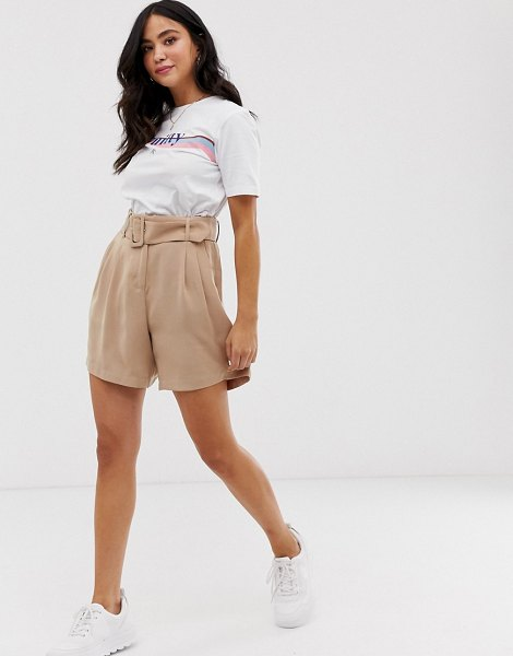 Pieces belted soft tailored shorts-beige in beige