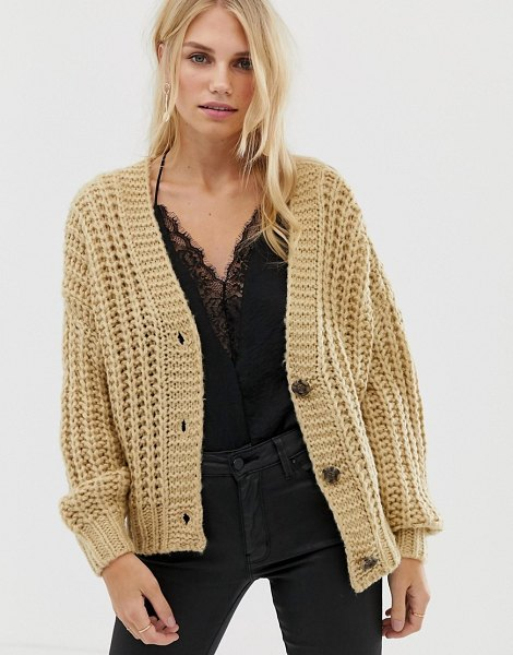 Pieces chunky hand knit cardigan in warmsand
