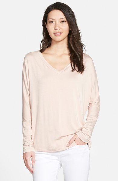 Pleione v-neck top with woven back panel in blush - A knit pullover with slouchy dropped-shoulder styling...