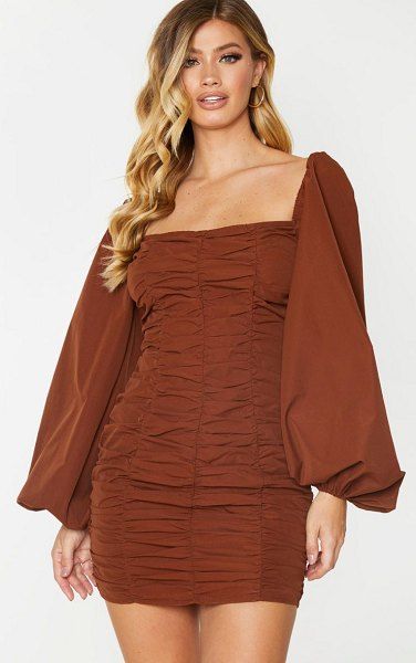 PrettyLittleThing balloon sleeve ruched bodycon dress in chocolate