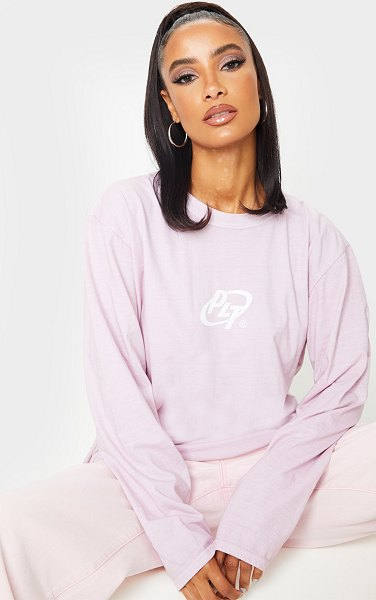 PrettyLittleThing circle logo long sleeve washed t shirt in pink
