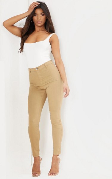 PrettyLittleThing disco skinny jeans in sand