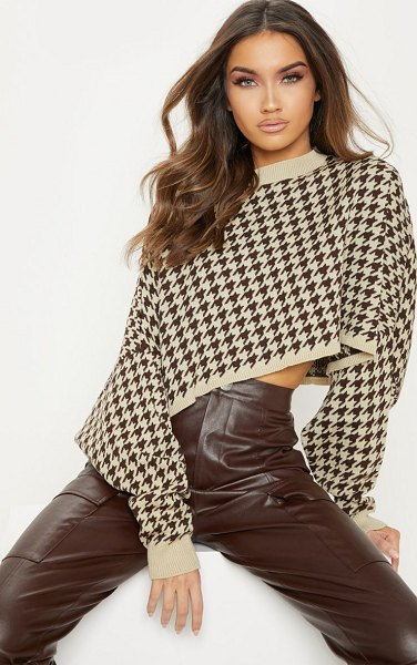 PrettyLittleThing dogtooth knitted cropped sweater in stone - Give your knitwear an update with this killer cropped...