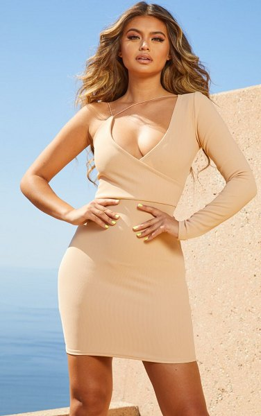 PrettyLittleThing second skin asymmetric strap bodycon dress in nude - Flaunt the perfect amount of skin in this weekend worthy...