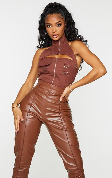 PrettyLittleThing shape cargo woven buckle detail crop top in chocolate