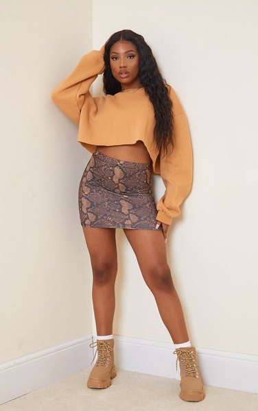 PrettyLittleThing snake print basic mini skirt in brown