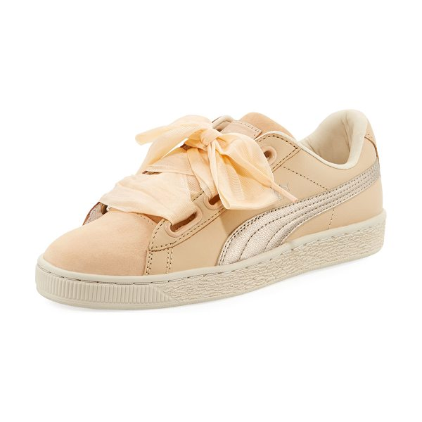 PUMA Basket Heart Up Mixed Sneakers in beige - Puma sneaker in mixed suede and leather. Metallic...