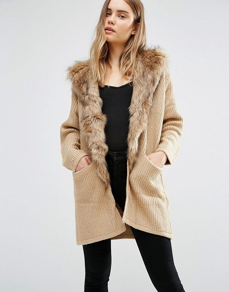 QED London Longline Cardigan With Faux Fur Trim in brown - Cardigan by QED London, Chunky wool-mix knit, Faux-fur...