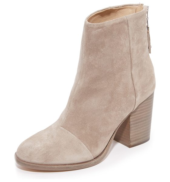 Rag & Bone ashby ankle booties in stone - These classic Rag & Bone booties are made from soft...