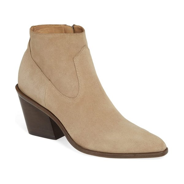 Rag & Bone razor western bootie in beige - Pared-back detailing makes this leather bootie...