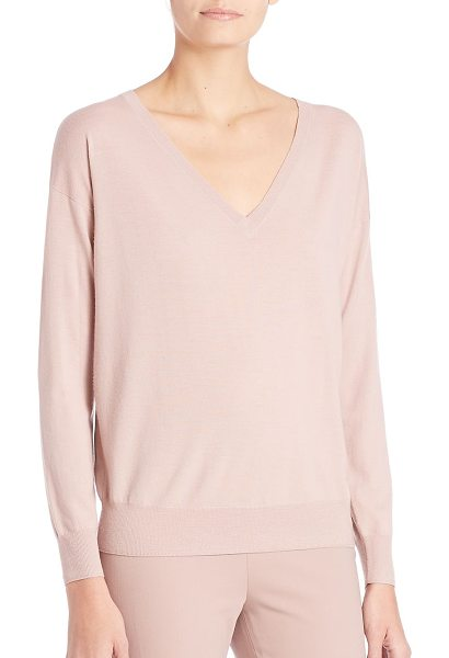 RALPH LAUREN COLLECTION easy wool pullover - Go-to pullover, in lightweight, drapey merino.V-neck....