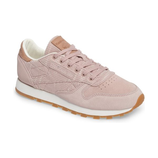 REEBOK classic leather sneaker - Retro charm and modern technology combine in a sleek,...