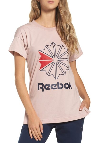 Reebok graphic logo tee in shell pink - With its oversized logo and timeless fit, this soft...