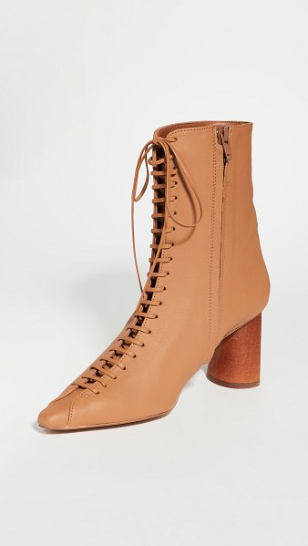 Rejina Pyo 60mm peyton boots in leather cinnamon