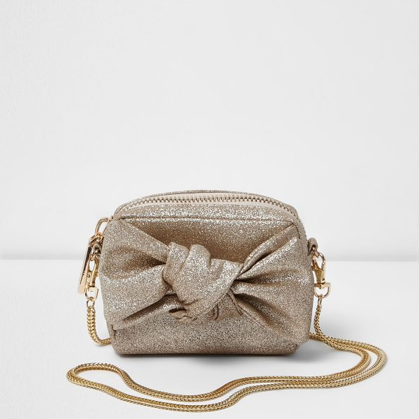 River Island gold glittery bow moini cross body bag in gold - Gold glittery fabric Bow detail Zip close Gold tone...
