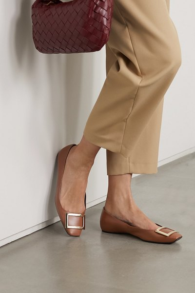 Roger Vivier trompette quadrata leather ballet flats in tan