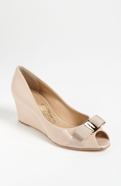 Salvatore Ferragamo sissi pump in new bisque - A trim, logo-etched bow perfects the prim of a polished...