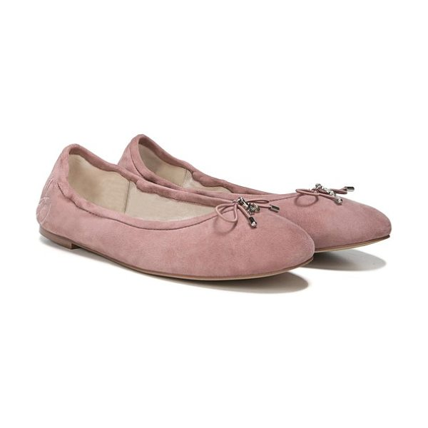 SAM EDELMAN felicia flat in dusty rose suede - A delicate logo charm adorns the bow-trimmed toe of a...