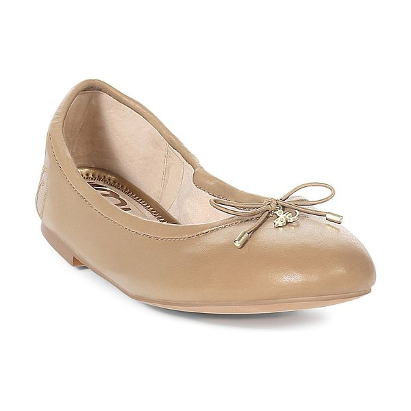 Sam Edelman felicia flats in nude - Simple bow accented ballet flats Round toe Bow...