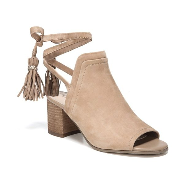 Sam Edelman sampson block heel bootie in golden caramel leather - Clean lines highlight the timeless appeal of a peep-toe...