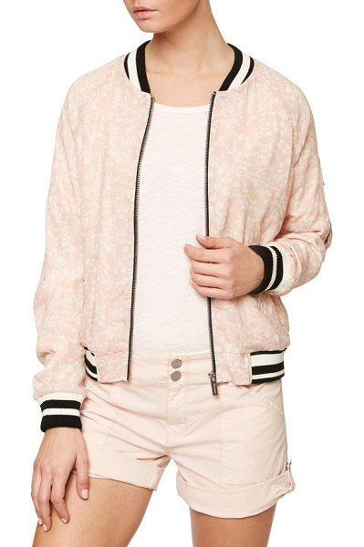 Sanctuary sprout bomber jacket in cameo pink - A delicate floral print and soft pink color feminize a...