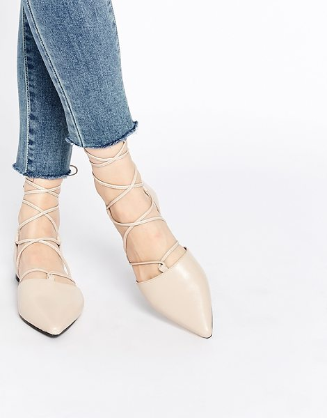 SENSO Gordon nude leather ghillie pointed toe shoes in nude - Shoes by Senso, Leather upper, Lace-up fastening,...