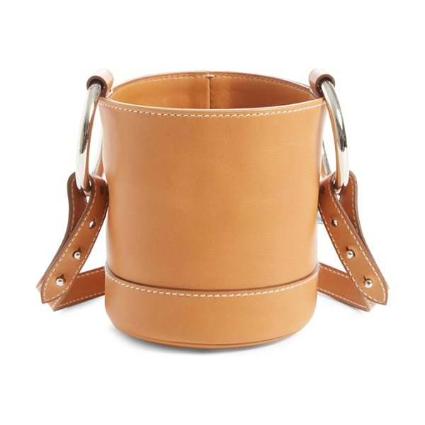 SIMON MILLER 'bonsai' crossbody bucket bag - Immaculate topstitching outlines a must-have bucket bag...